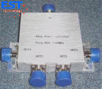 China 4 Way Type Power Divider/Splitter 800-2500mhz ≤6.1db Insertion Loss distributor